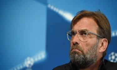 كلوب غاضب رغم تصدر ليفربول للدوري الإنجليزي