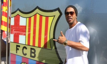 برشلونة يوبخ رونالدينهو