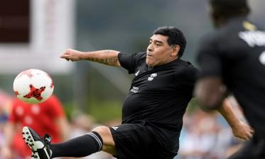عودة الشكوك حول صحة مارادونا