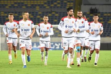الوداد يضيف ثلاثة لاعبين للائحته المشاركة في كأس زايد للأندية الأبطال