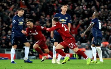 ليفربول يستعيد صدارة الدوري الإنجليزي