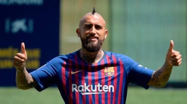 برشلونة يتجه نحو مكافأة الشيلي فيدال