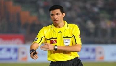 المصري جريشة حكما لذهاب نهائي دوري الأبطال