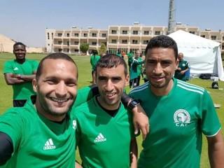 طاقم تحكيم مغربي لأول مباريات حامل اللقب
