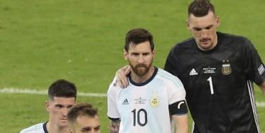 حارس الأرجنتين يحذر من سرعة لاعبي فنزويلا