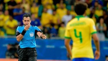 """""""الفار"""" يلغي 3 أهداف للبرازيل أمام فنزويلا"""