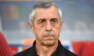 مدرب تونس مهدد بالإقالة