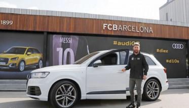 سحب سيارات لاعبي برشلونة