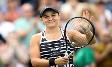 الأسترالية بارتي الأقوى في تصنيف التنس العالمي