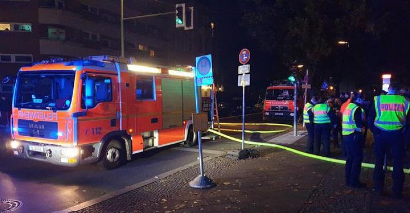 إصابة ثلاثة مشجعين في حريق قطار في برلين