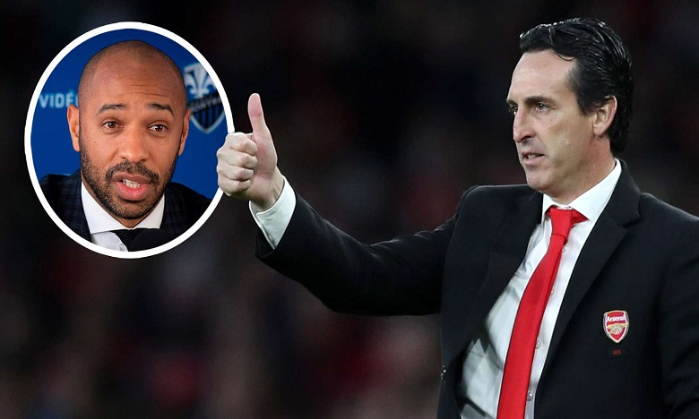 هنري يطالب جماهير أرسنال بدعم مدرب الفريق