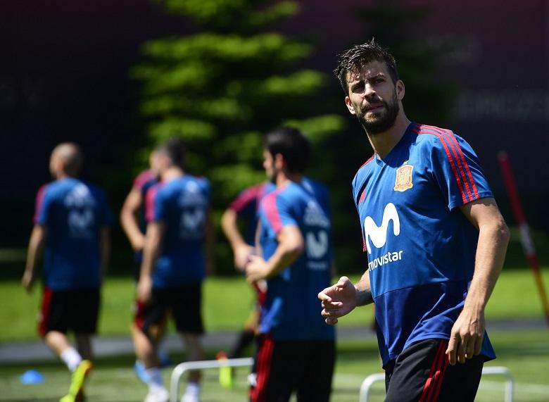 برشلونة يتدرب بدون 14 لاعبا