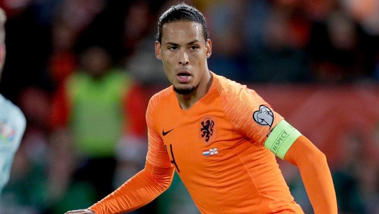 فان دايك: هولندا بدأت في استعادة مكانتها