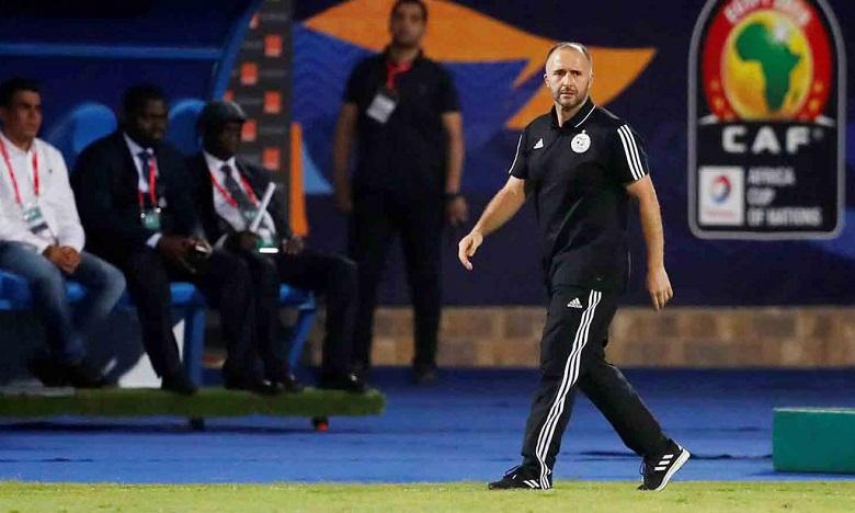 مدرب الجزائر: أطمح لبلوغ ربع نهائي مونديال 2022