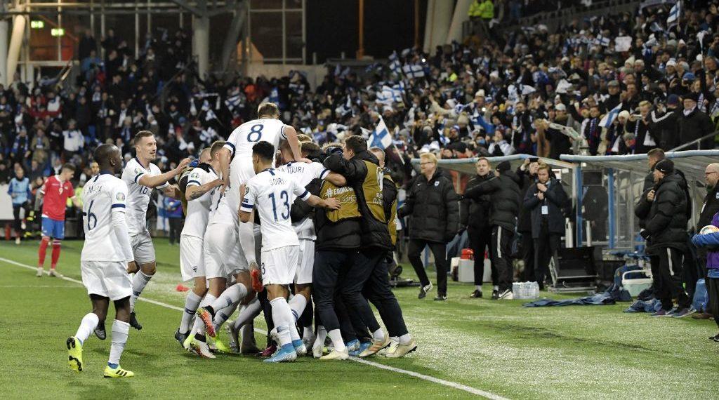 فنلندا في نهائيات الأورو لأول مرة في تاريخه