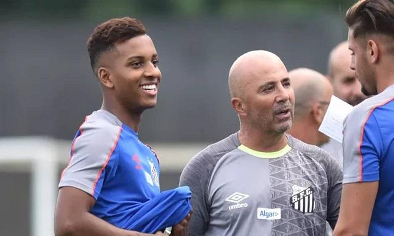 سامبولي يستقيل من تدريب سانتوس البرازيلي