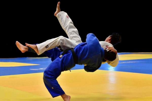 محسن عطاف يحرز الذهبية في بطولة للجيدو بماليزيا