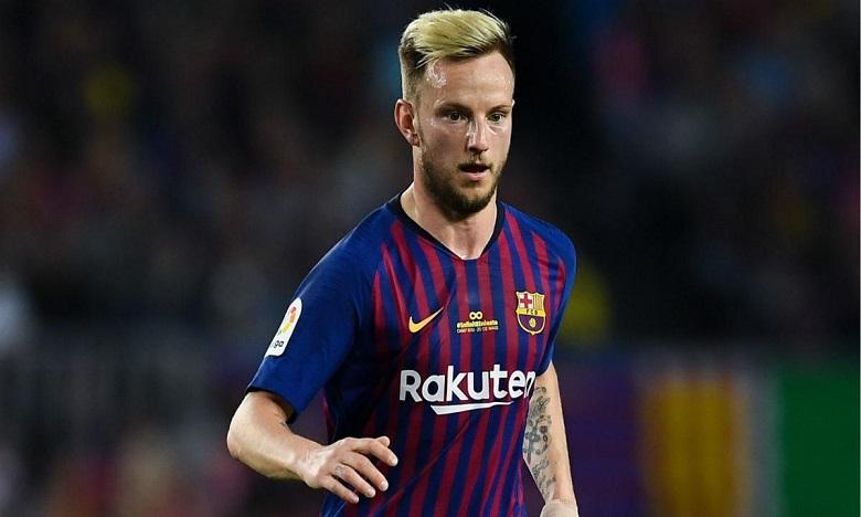 راكيتيتش يهاجم إدارة برشلونة