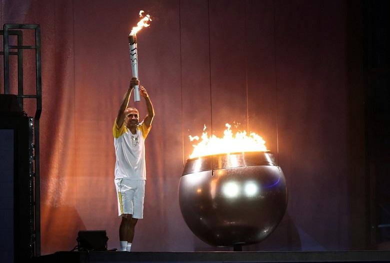 قرار جديد حول مسيرة الشعلة الأولمبية