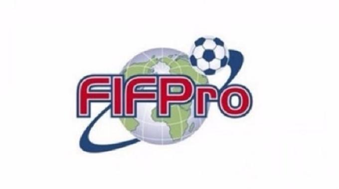 الاتحاد الدولي للمحترفين يساند لاعبيه