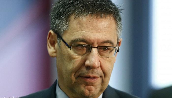 رئيس برشلونة يدرس التنحي عن منصبه