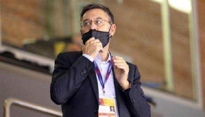 رئيس برشلونة بارتوميو قدم استقالته