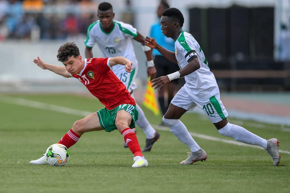منتخب السنغال يحل بالرباط لمواجهة أشبال الأطلس