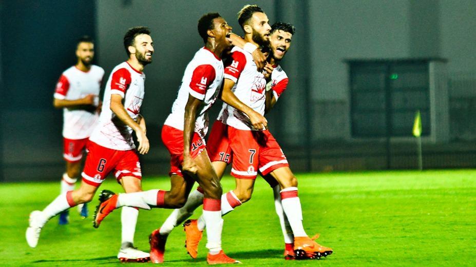 المنتخبان المحلي والشباب يحرمان الفتح من 10 لاعبين وإطارين
