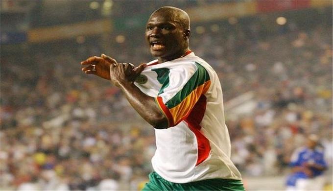 وفاة بابا ديوب صاحب هدف السنغال فى افتتاح مونديال 2002