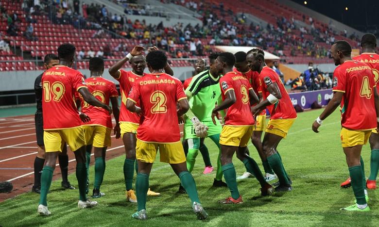 منتخب غينيا يسحق نظيره الناميبي بالثلاثية