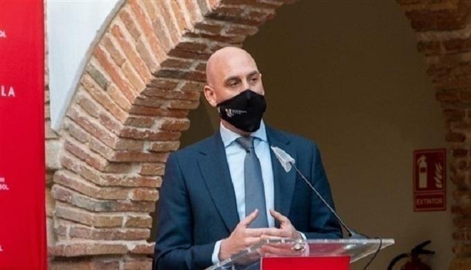 إصابة رئيس الاتحاد الإسباني بفيروس كورونا