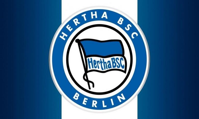 هيرتا برلين يقيل مدربه والمدير الرياضي