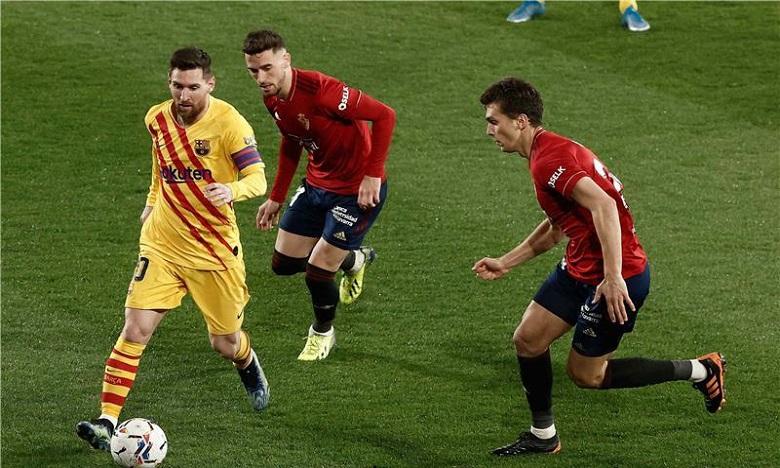 برشلونة يشعل الصراع على لقب الليغا بالفوز