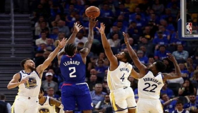 كليبرز يواصل السقوط في دوري السلة الأمريكي