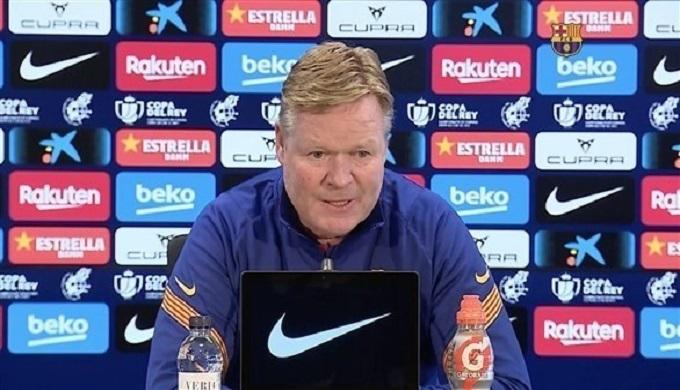 كومان يعترف بغموض مستقبله مع برشلونة
