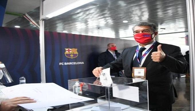 """مراسل """"بيين سبور"""" يؤكد فوز لابورتا بانتخابات رئاسة برشلونة"""