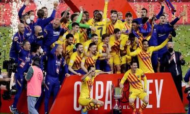 برشلونة يسحق بيلباو ويتوج بكأس الملك