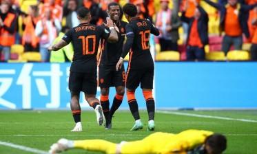 هولندا تهزم مقدونيا الشمالية بالثلاثية