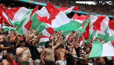 """يويفا يحقق في """"عنصرية"""" جماهير المجر ضد رونالدو"""