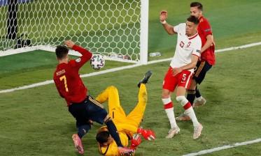 بولندا ترفض الخسارة أمام إسبانيا