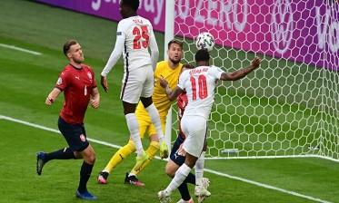 """إنجلترا تتصدر المجموعة الرابعة """"الأورو 2020"""""""