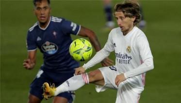 مودريتش: اريد البقاء في ريال مدريد
