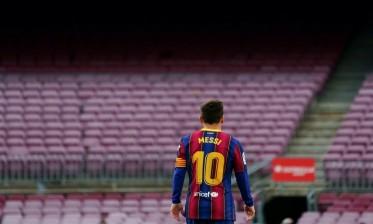 """الصحف الأرجنتينية تصف رحيل ميسي عن برشلونة بـ""""القنبلة"""""""