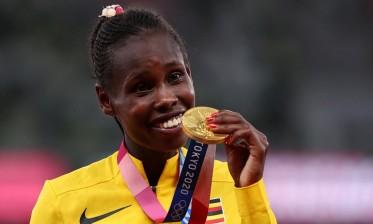 الأوغندية شيموتاي تحصد ذهبية سباق 3000 متر