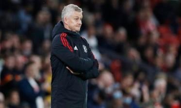 سولسكاير ينجو من عاصفة الانتقادات بعد هزيمة ليفربول