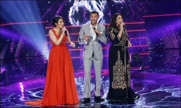 المغربية نجاة رجوي إلى جانب كاظم الساهر على مسرح 'ذو فويس'