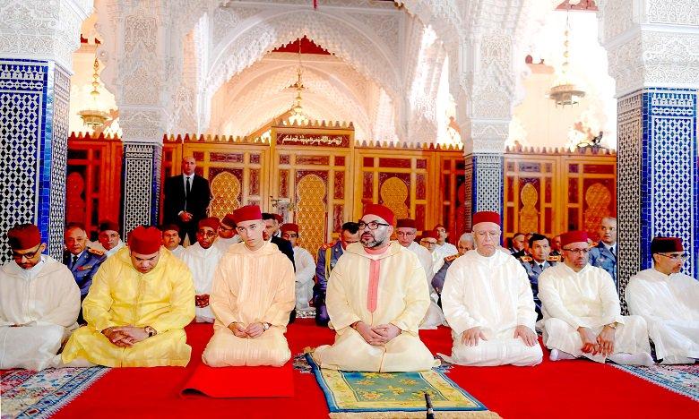 أنشطة ملكية : أمير المؤمنين يؤدي صلاة الجمعة بمسجد السلام