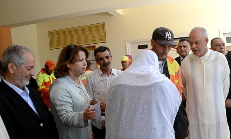 أزيد من 5 آلاف مستفيد من قفة رمضان بعمالة طنجة.