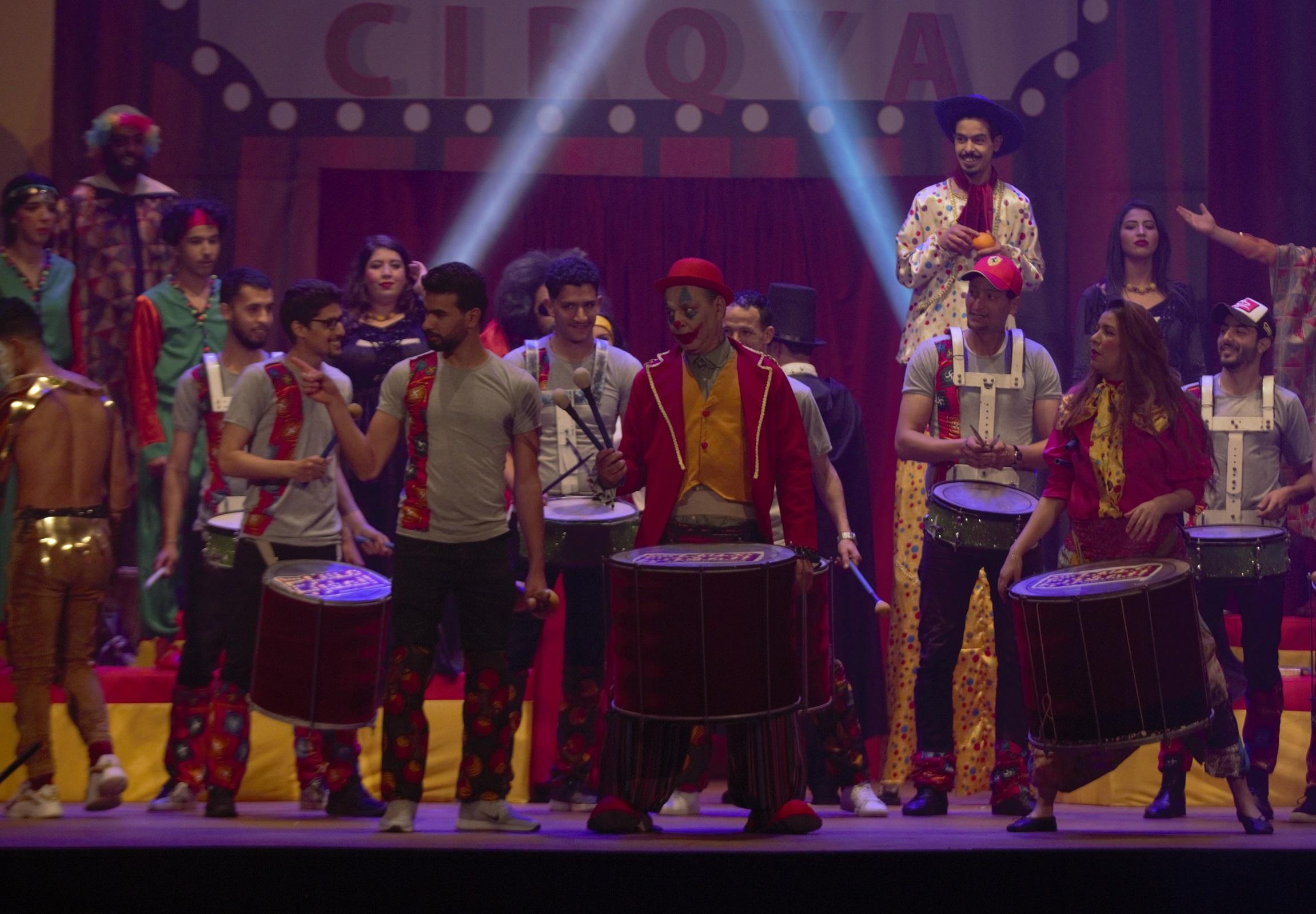 """مسرحية """" سيركيا"""" مع الفنان عبد الله ديدان ونُخبة من النجوم الشباب """"الأحد"""" على """"MBC5 """""""