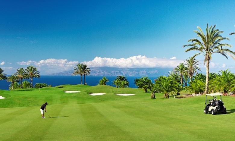 تأجيل الدورة الـ 47 لجائزة الحسن الثاني والـ 26 لكأس للامريم في رياضة الغولف